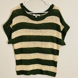 WDNY- V-Neck Knit Forest Green/Cream Top- M